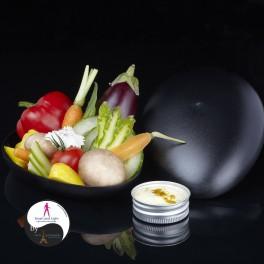 Assortiment de mini légumes crus de saison,  prêts à croquer